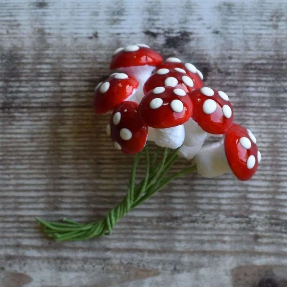 Amanita / Fly Agaric - spun cotton mushrooms red with white spots - small
