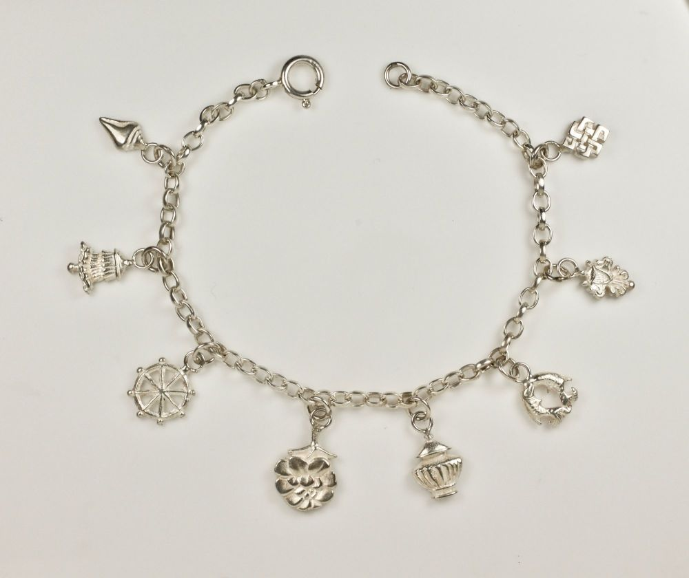 EIGHT AUSPICIOUS SYMBOLS BRACELET