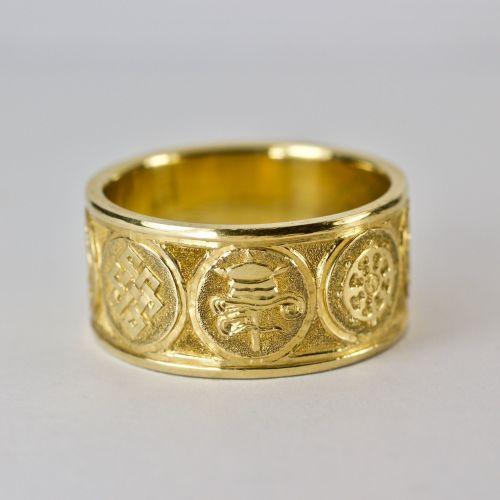 Eight Auspicious symbols ring - gold