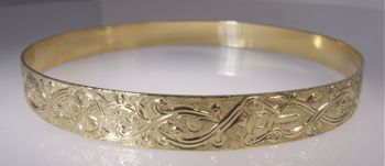 EIGHT AUSPICIOUS SYMBOLS BANGLE