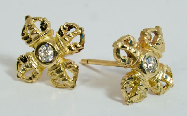 Double vajra stud earrings gold