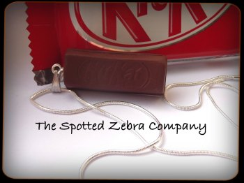 Replica KitKat® Bar - Necklace