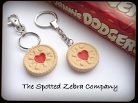 Replica Large Jammie Dodger® Biscuit - Keyring