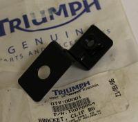 Triumph Thunderbird Speedmaster America Front Brake Hose Bracket T2070854