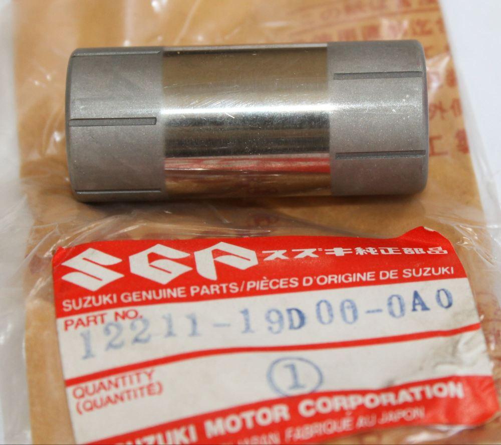 Suzuki RG125 TS125 Crankshaft Pin 12211-19D00-0A0