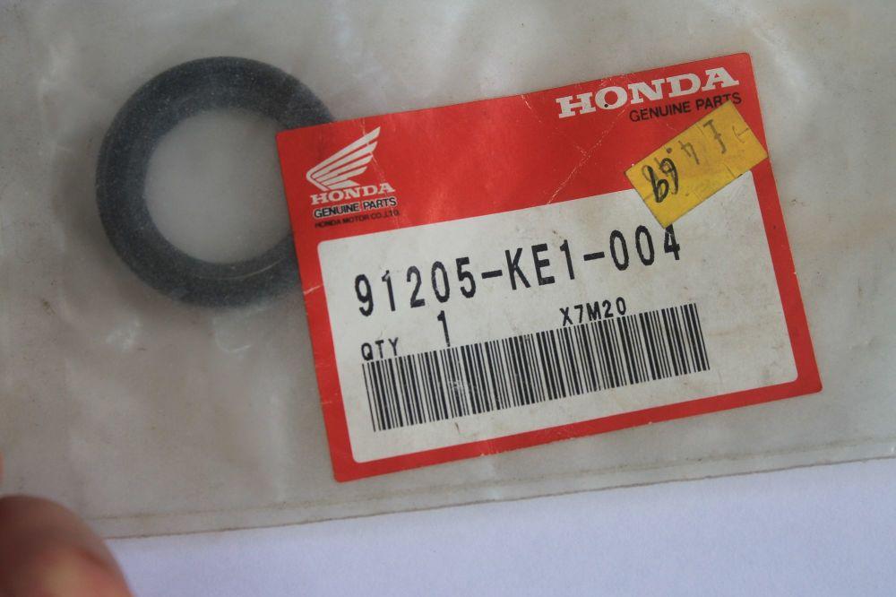 Honda Oil Seal 24x36x7mm 91205-KE1-004