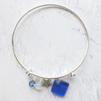 Blue neo bangle on silver