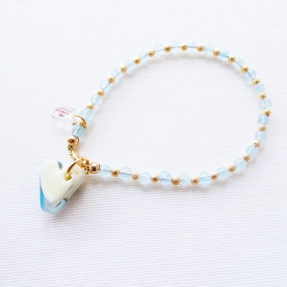 Handcarved glass heart bracelet with aquamarine gemstones and gold filled b