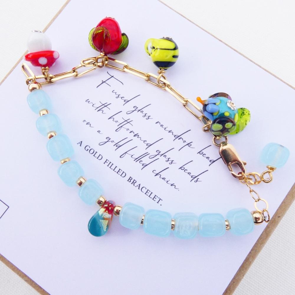 Glass Raindrop Bracelet in Aqua
