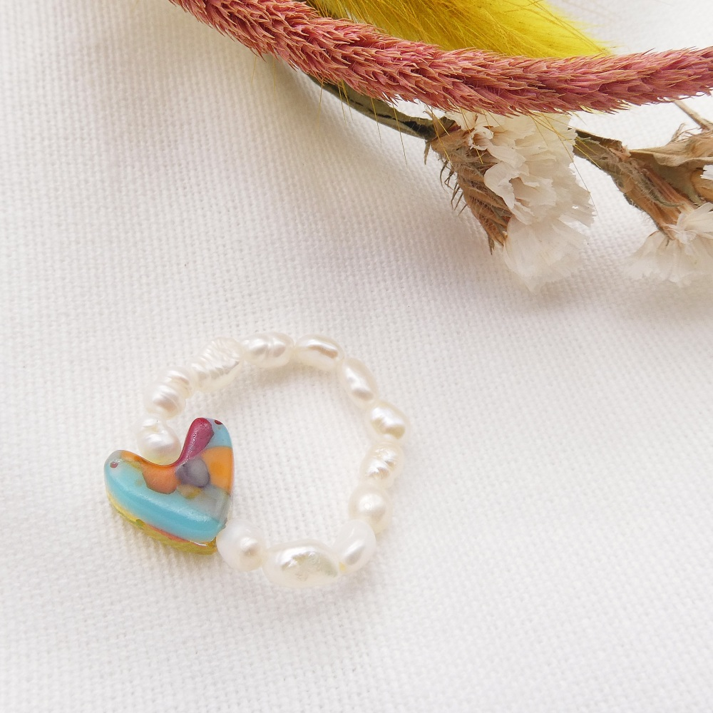 Simply Pearl Ring - Multicoloured heart
