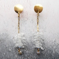 Clear glass flower cluster earrings on filled gold
