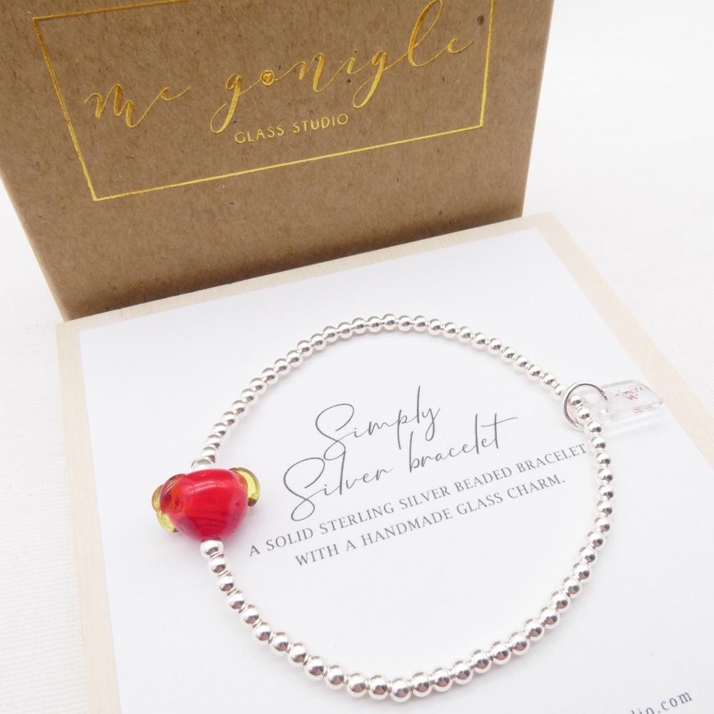 M/L Simply Silver Bracelet with a Glass Strawberry