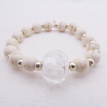 Small Ivory Howlite bracelet