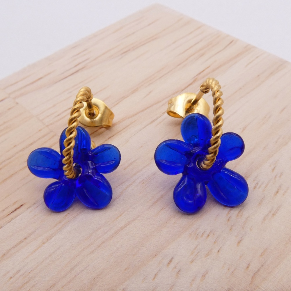 Small dark blue Flower twisted  hoop earrings-gold