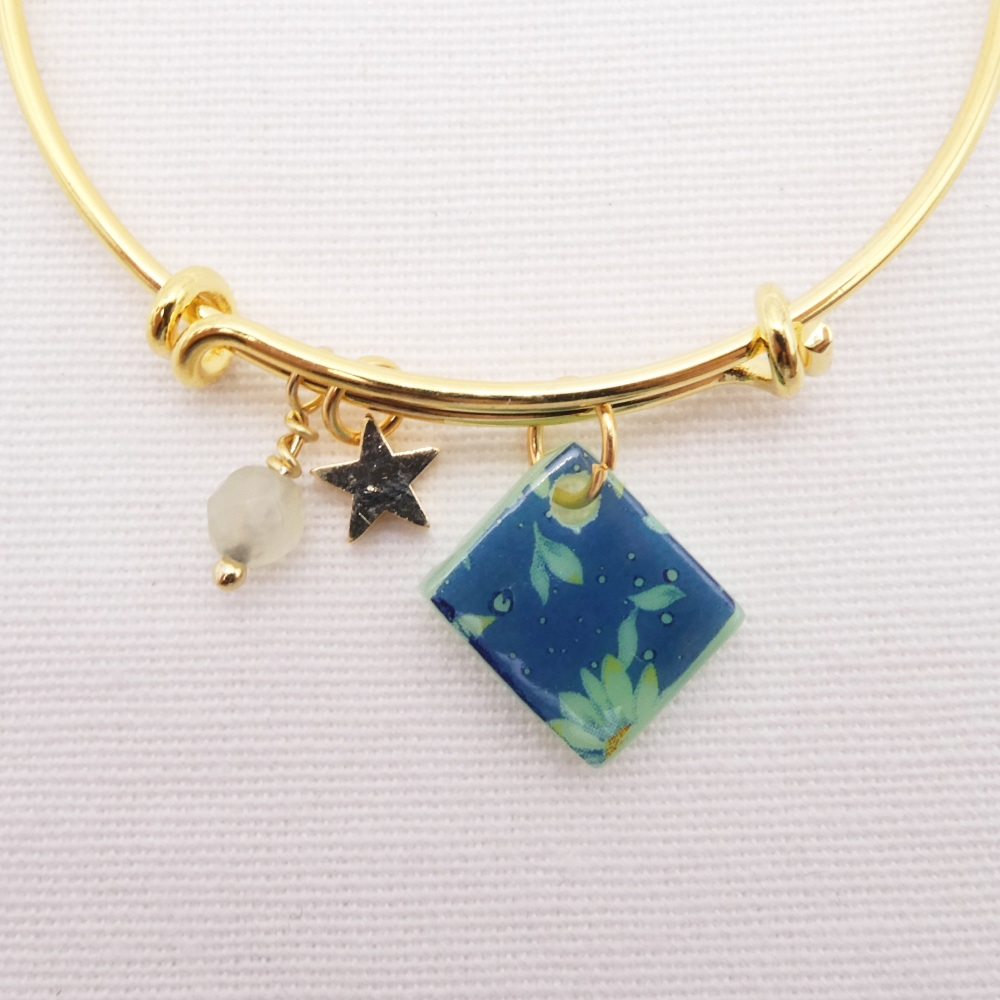 Mint Green and blue Daisy Glass Tile On a 14K Gold Plated Bangle