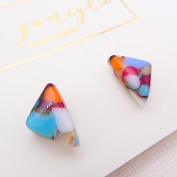 Multicoloured  geo studs #11