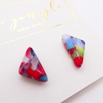 Multicoloured  geo studs #17