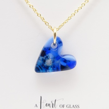 Blue glass heart on filled gold #1
