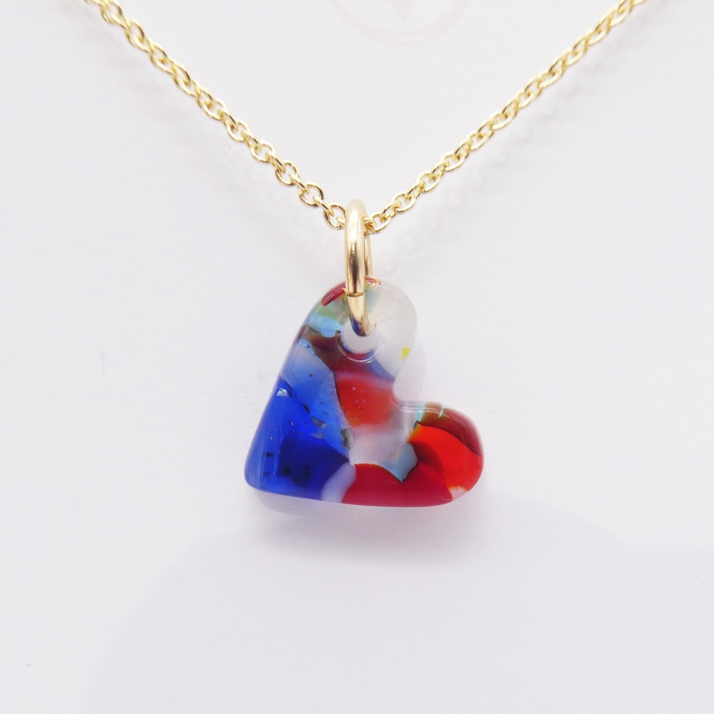 Multicoloured  glass heart on filled gold #7