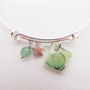 Green Floral Glass Tile  On a Silver Plated Bangle