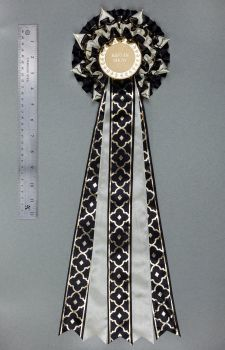 Magnifico Large Decorative Rosette x 1, Extra Long Tails, Champ/BIS etc