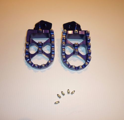 FACTORY EXTRA WIDE FOOT PEGS  (565)