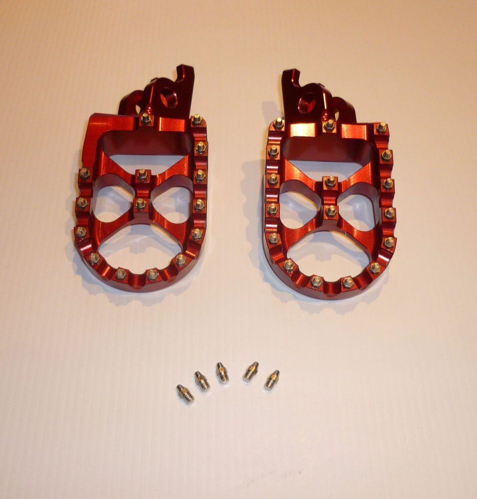 RED FACTORY EXTRA WIDE FOOT PEGS  (567)
