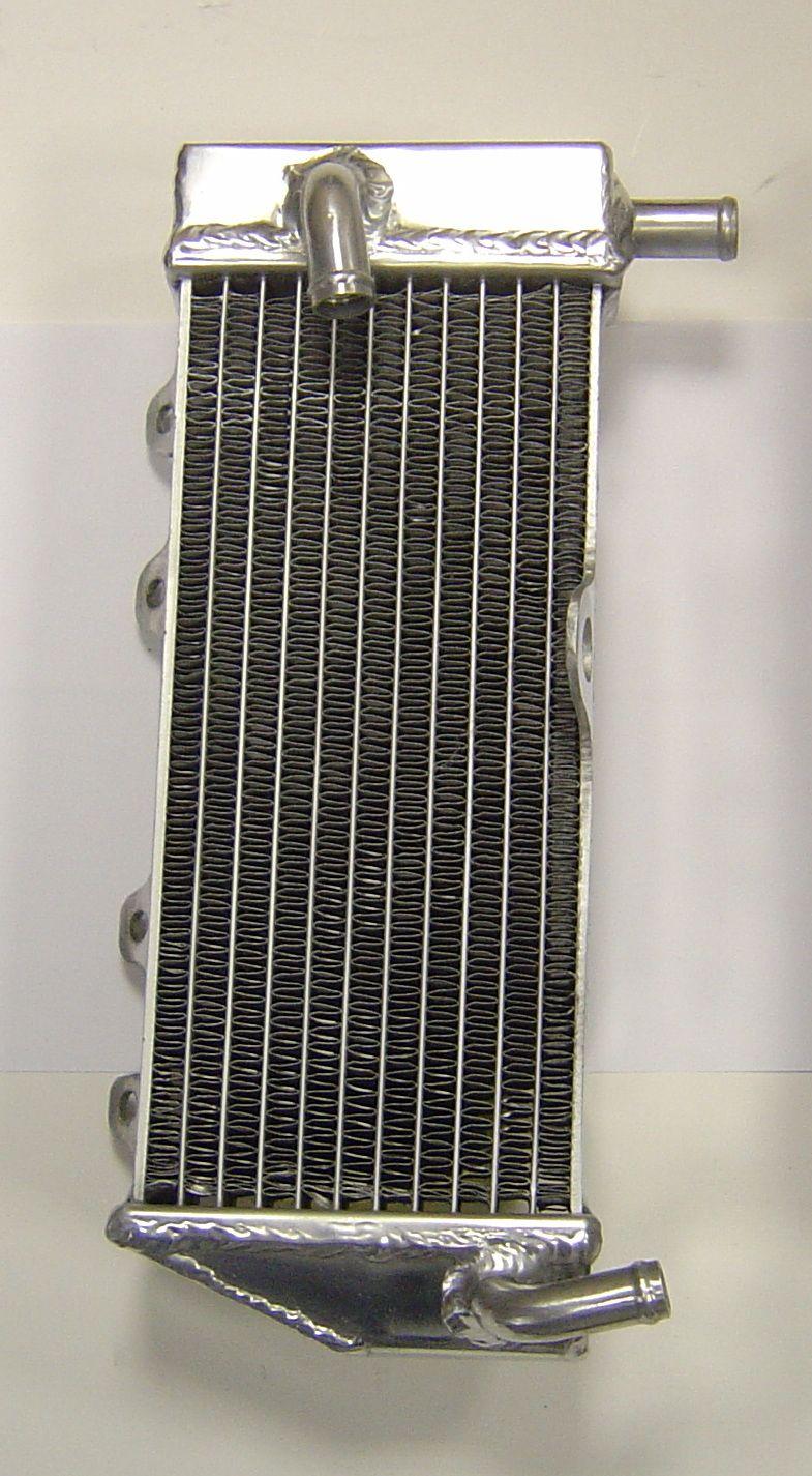 LEFT SIDE PERFORMANCE RADIATOR (038B)
