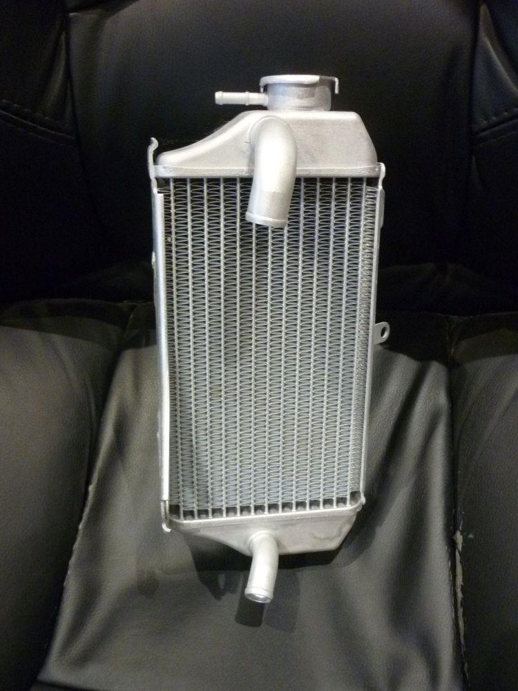 RIGHT SIDE RADIATOR 19100-K95-A20 (070A)
