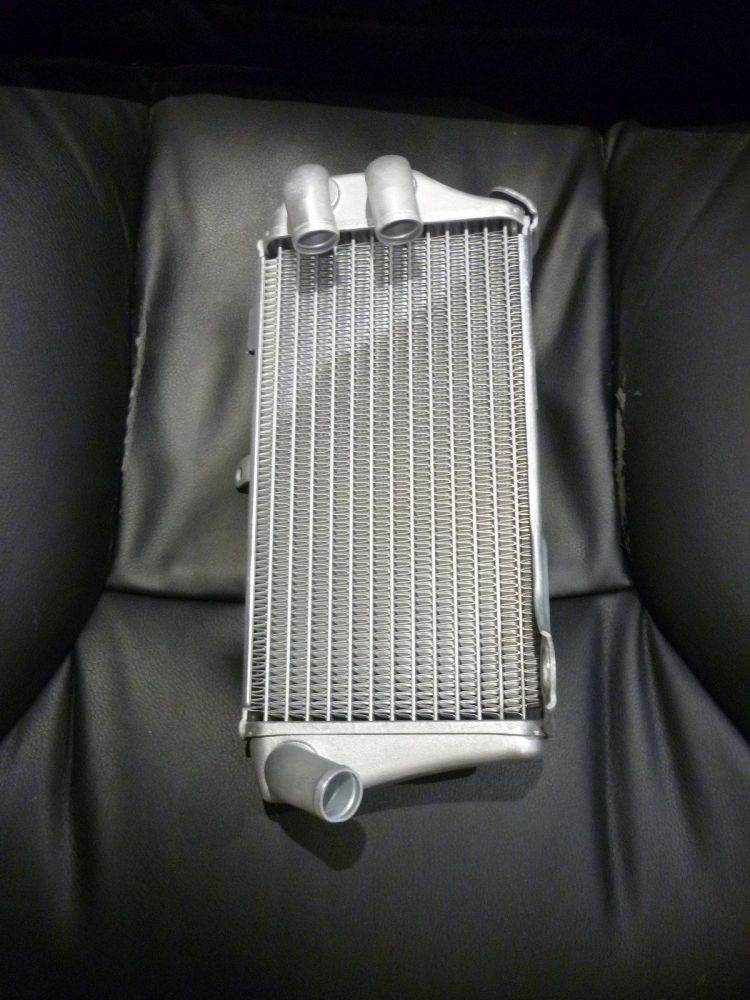 LEFT SIDE RADIATOR 19150-K95-A20 (070B)