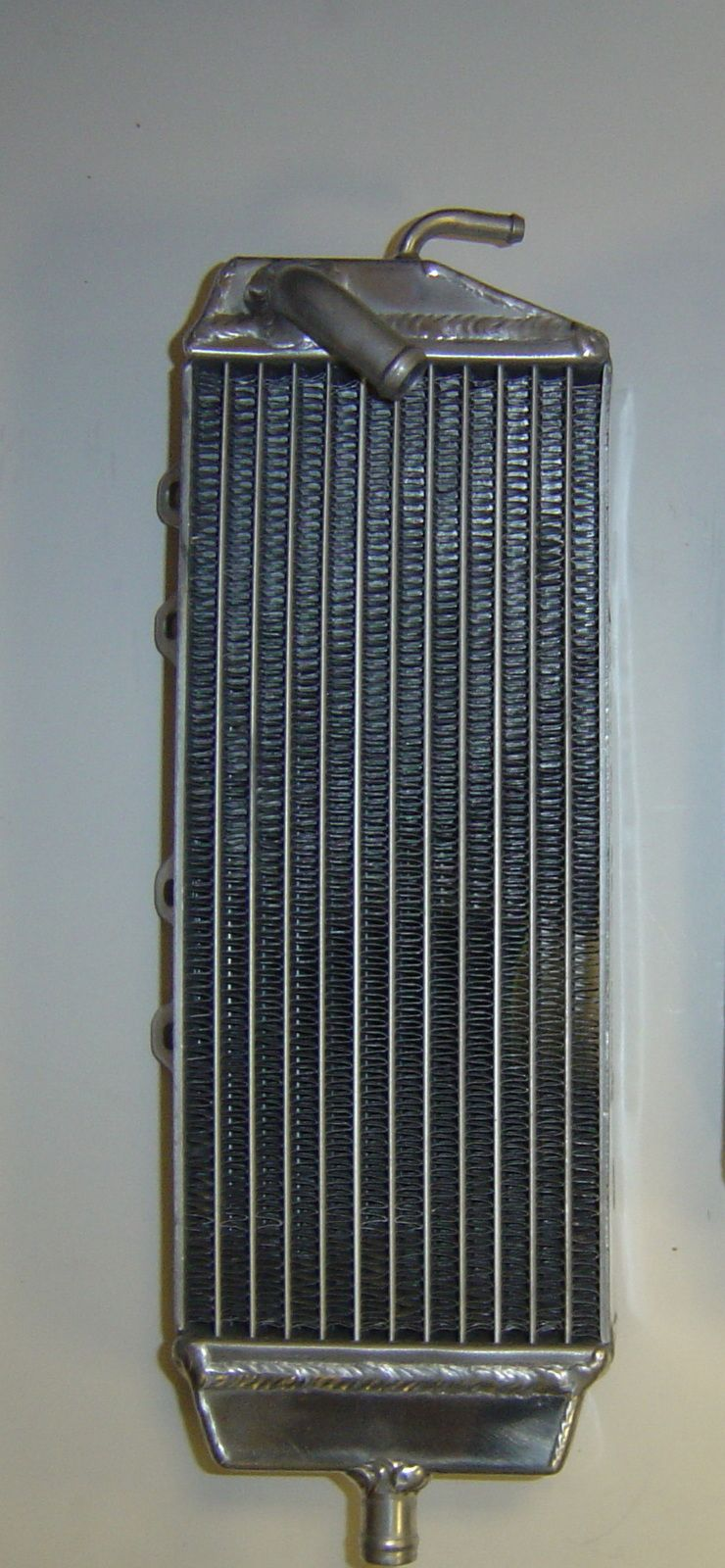 LEFT SIDE PERFORMANCE RADIATOR (027B)