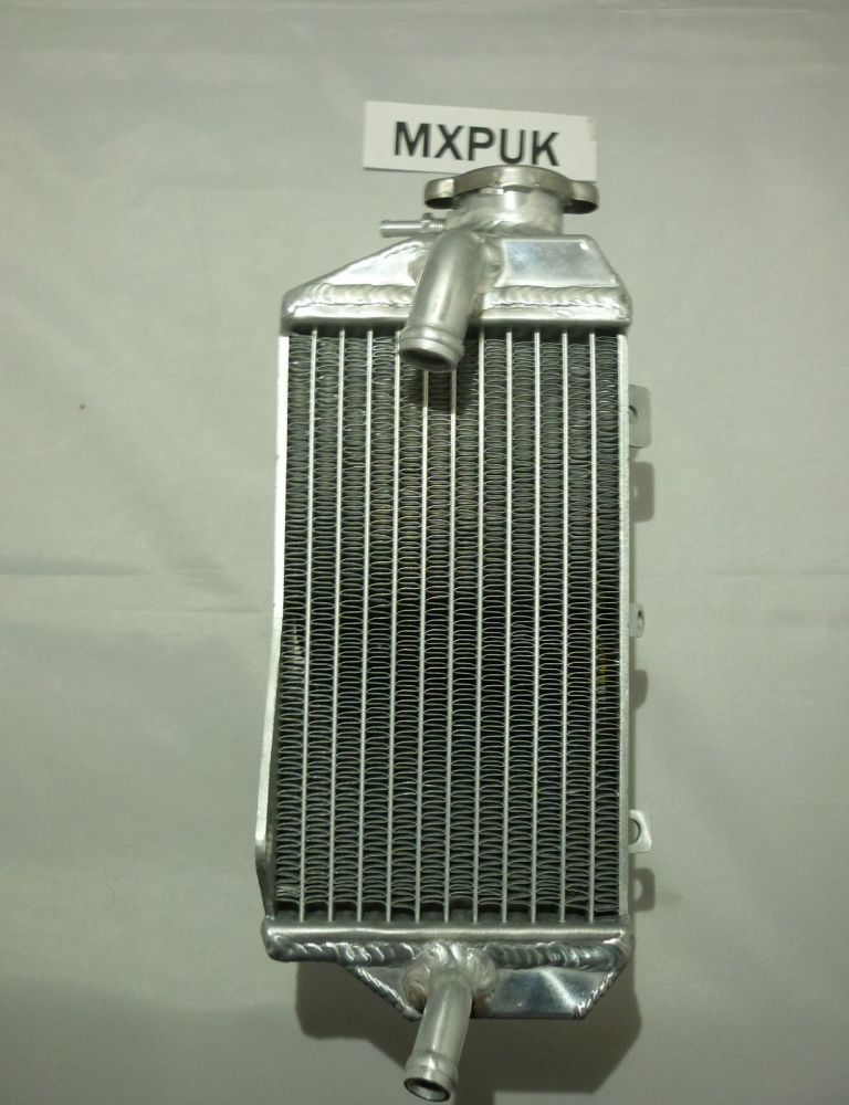 CRF250R RIGHT SIDE RADIATOR (071A)