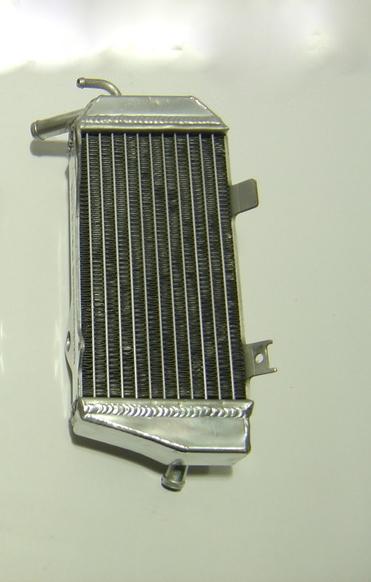 2006 LEFT SIDE CRF450R PERFORMANCE RADIATOR MX017B