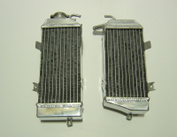 2006 PAIR OF CRF450R PERFORMANCE RADIATORS MX017
