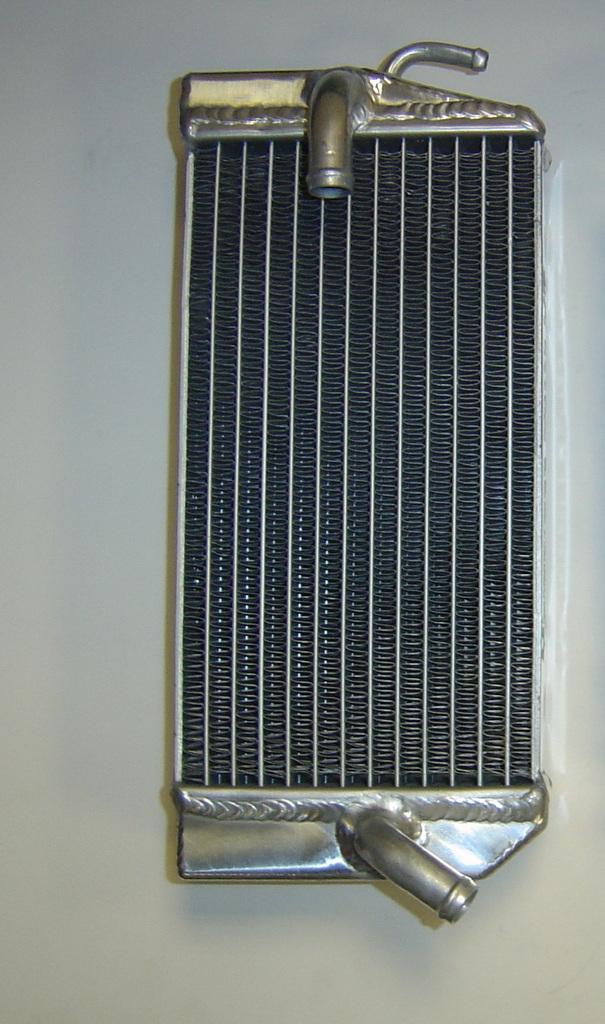 2004 LEFT SIDE CRF450R PERFORMANCE RADIATOR MX016B