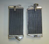2004 PAIR OF CRF450R PERFORMANCE RADIATORS MX016