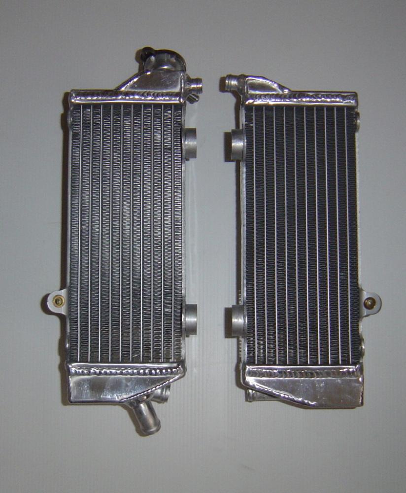 PAIR OF KTM125 PERFORMANCE RADIATORS MX030