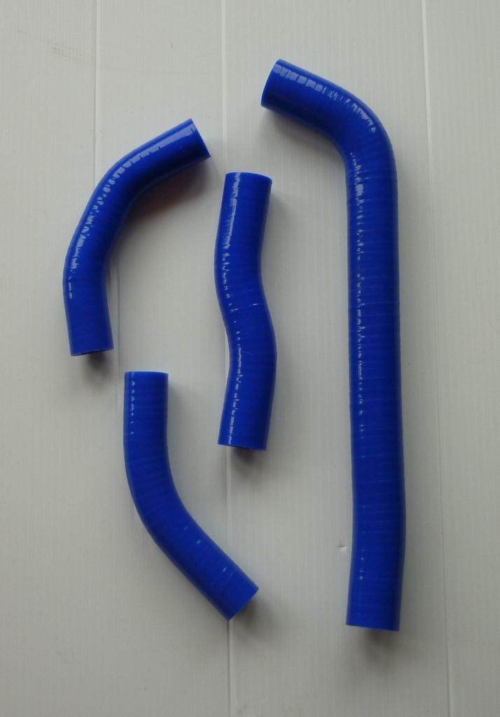 BLUE SILICONE HOSES M055B
