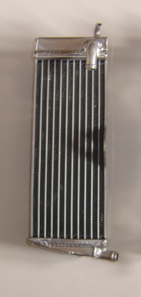 LEFT SIDE CR500 PERFORMANCE RADIATOR MX013B