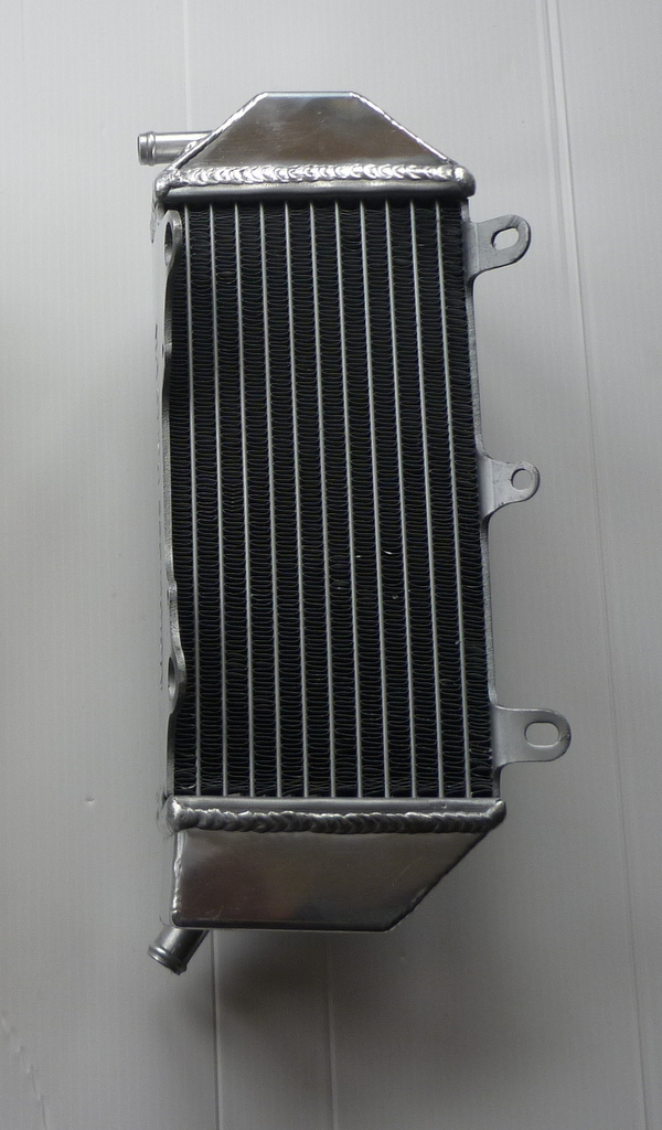 LEFT SIDE YZF450 PERFORMANCE RADIATOR MX052B