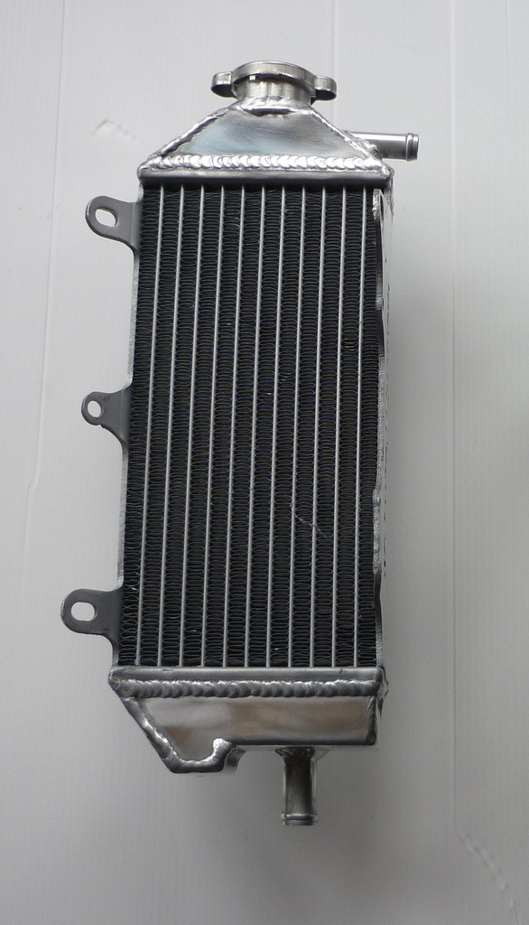 RIGHT SIDE YZF450 PERFORMANCE RADIATOR MX052A