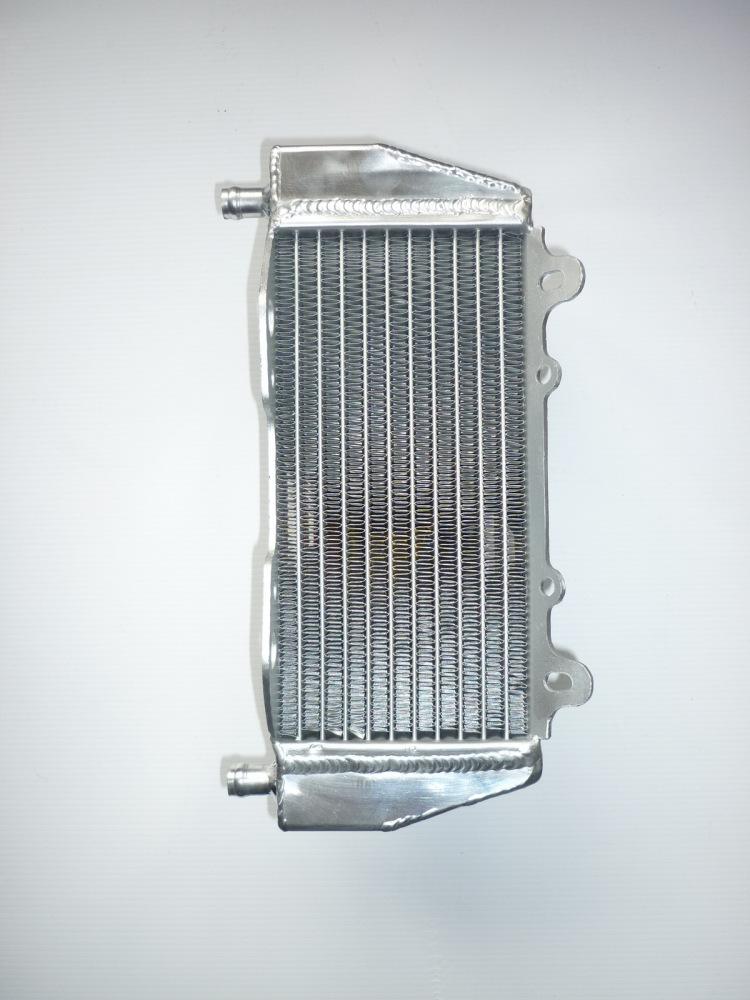 LEFT SIDE PERFORMANCE RADIATOR (MX048B)