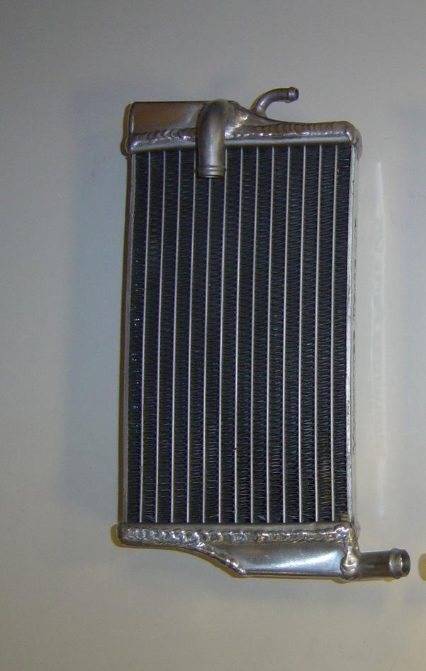 LEFT SIDE PERFORMANCE RADIATOR (MX039B)
