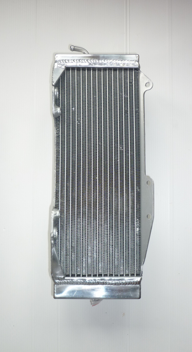 LEFT SIDE PERFORMANCE RADIATOR (MX051B)