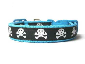 Skull & Crossbones Collar - Choice of 10 Colours