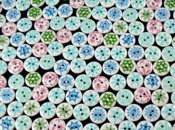 15mm Round Wooden Snowflake Mix Buttons