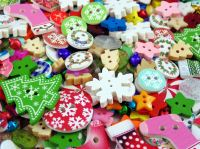 50g Christmas Mixed Buttons & Embellishments