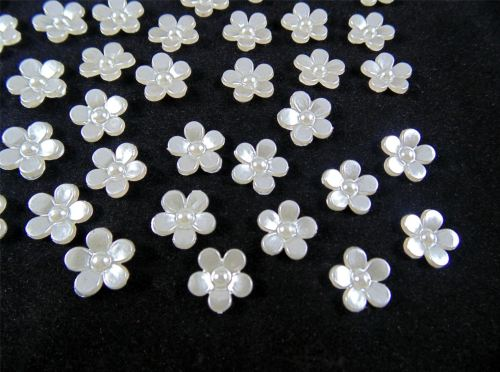 11mm Pearl Flower Embellishments