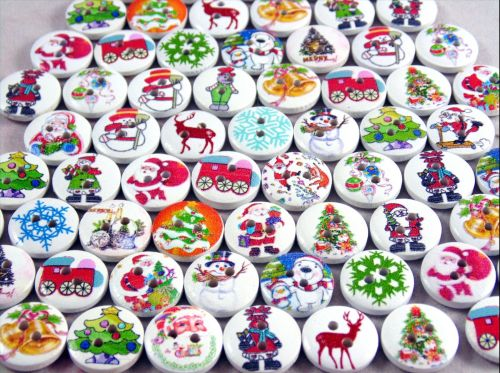 80 x 15mm Round Wooden Mixed Christmas Buttons