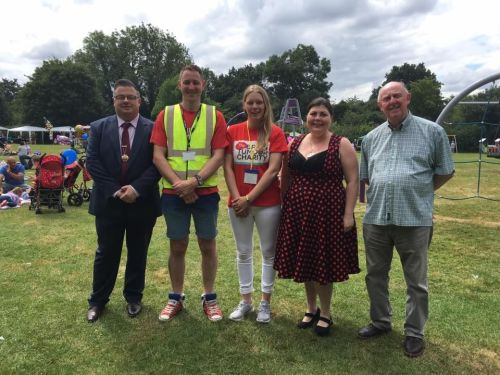 picnic with dept mayor and mayoress